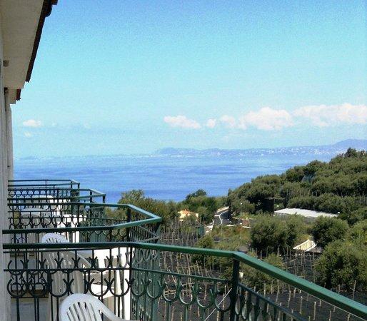Hotel central park massa lubrense itali foto 39 s for Le marde hotel