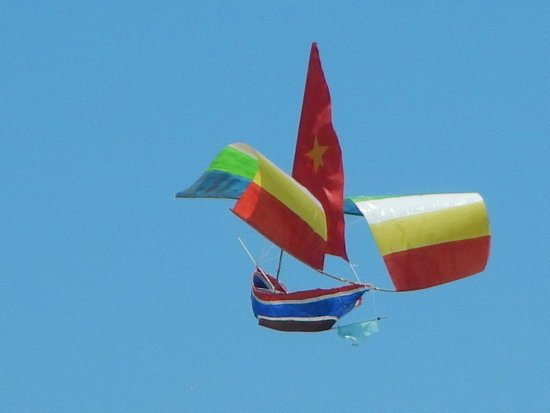 Victoria Hoi An Beach Resort & Spa: kite comp
