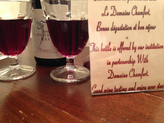 Castex Hotel: bottiglia di vino omaggio