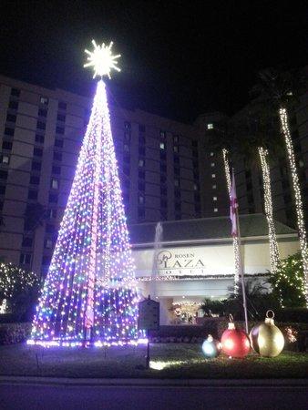 Rosen Plaza Hotel: Entrada do hotel