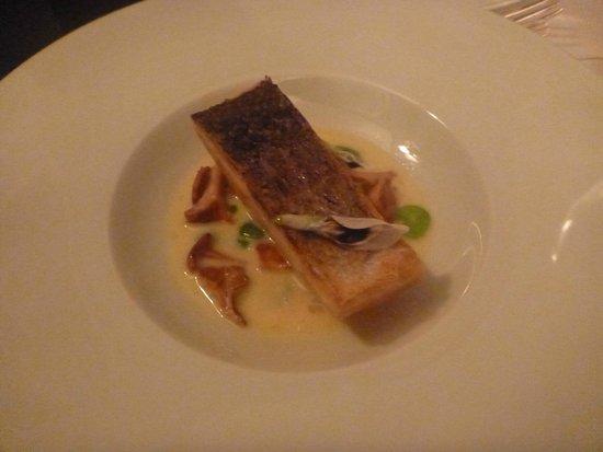 Le Gavroche: salmon starter