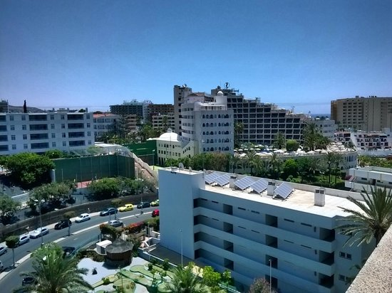 Hotel THe Anamar Suites: View from balcony, Sahara Beach hotel