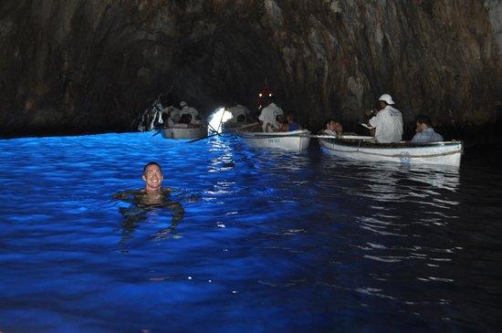 Blaue Grotte (Grotta Azzurra): Swimming in the grotto