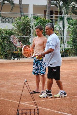 Crown Paradise Club Puerto Vallarta: Tennis Lessons