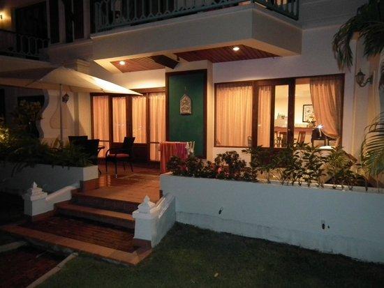The Pe La Resort: Our apartment
