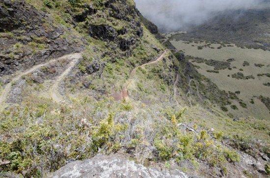 Haleakala National Park: switchbacks