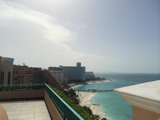 """Grand Fiesta Americana Coral Beach Cancun: A suíte do """"Governador"""" 5 - Visão da varanda"""