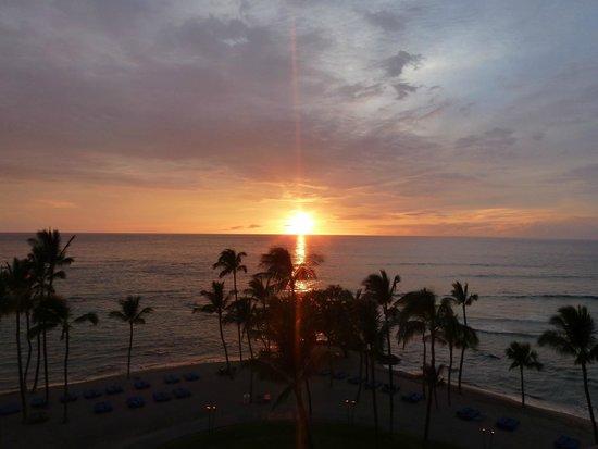 Mauna Lani Bay Hotel & Bungalows : Sunset from lanai