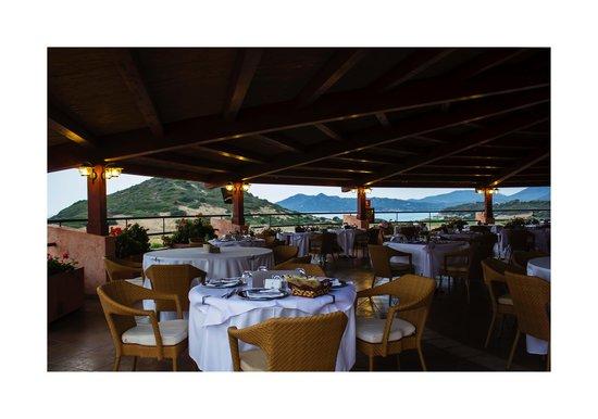 Sant'Elmo Beach Hotel - Blu Hotels: il ristorante belvedere