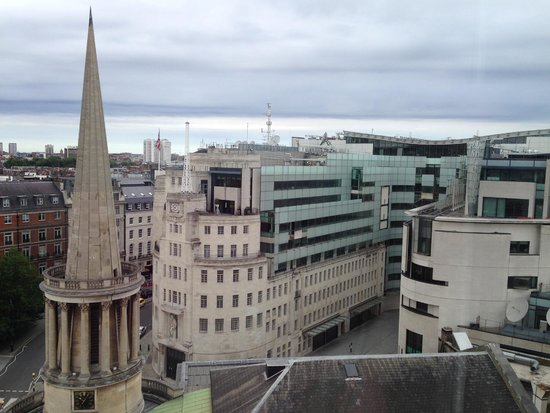 Saint Georges Hotel : Daytime view of All Souls Church and BBC New Broadcasting House