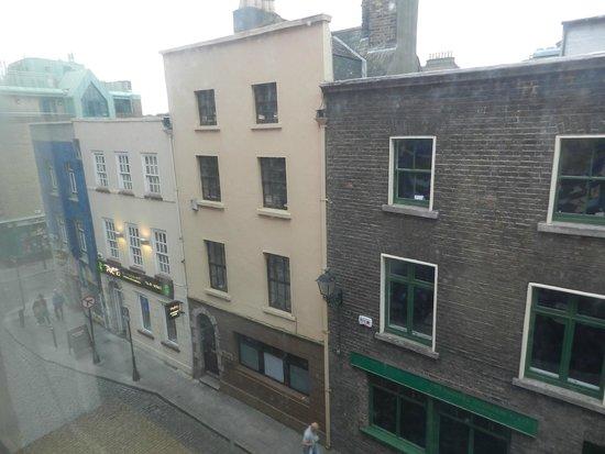 Blooms Hotel: Vista da janela