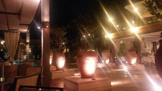 Napa Plaza Hotel: outside