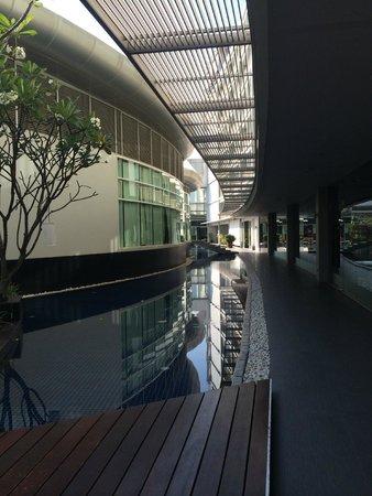 Best Western Premier Amaranth Suvarnabhumi Airport : территория отеля