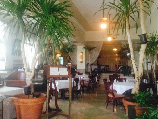 The Park Central: restaurant