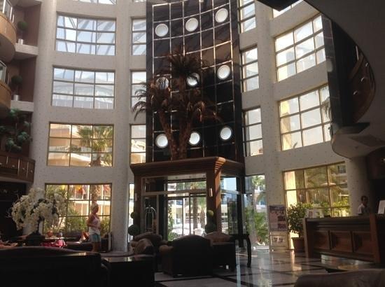 帕薩大飯店