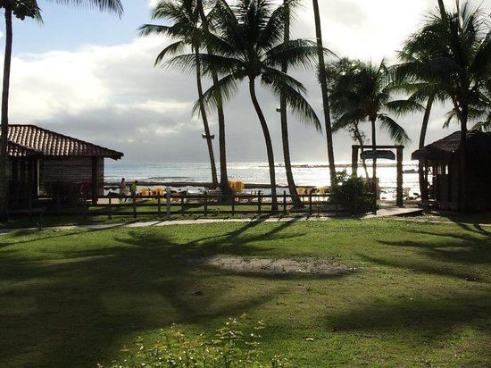 Hotel Village Paraíso Tropical: Vista da praia durante o café da manhã no restaurante