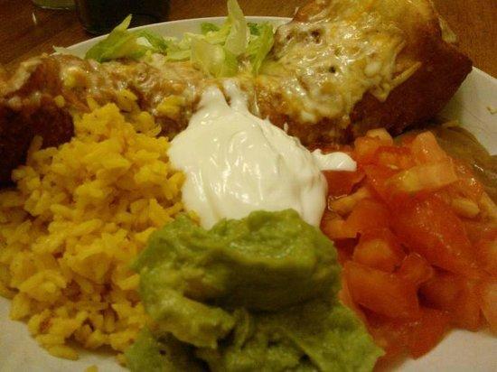 El Campesino Mexican Restaurant: Chicken Chimichangas