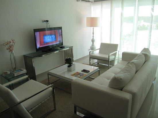 Piscadera Harbour Village: livingroom