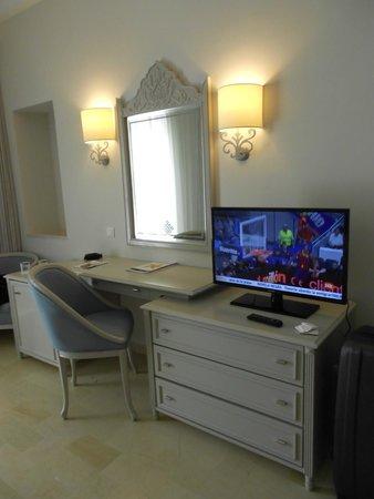 Iberostar Averroes : Chambre spacieuse !!