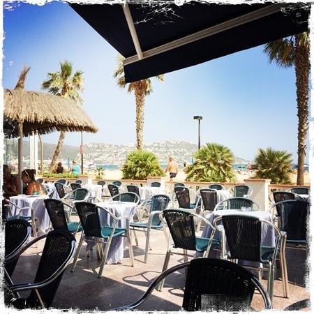 Hotel Montecarlo : Gartenterasse