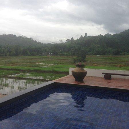 Manee Dheva Resort & Spa : two swimming pools