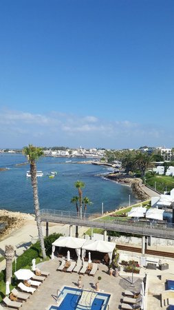 Alexander The Great Beach Hotel: View of Paphos harbour from our room