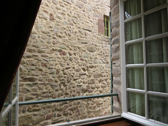 Auberge Saint-Pierre: View from 2 bed room