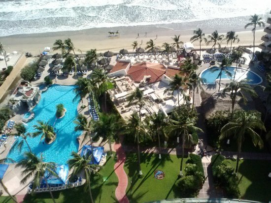 The Inn at Mazatlan: View from balcony