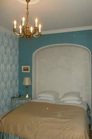 Dragsholm Castle: Værelset med glimerende senge