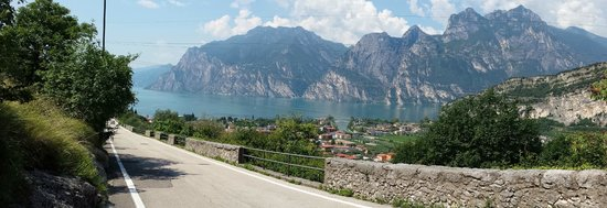 Hotel Continental - TonelliHotels: View towards Lake Garda