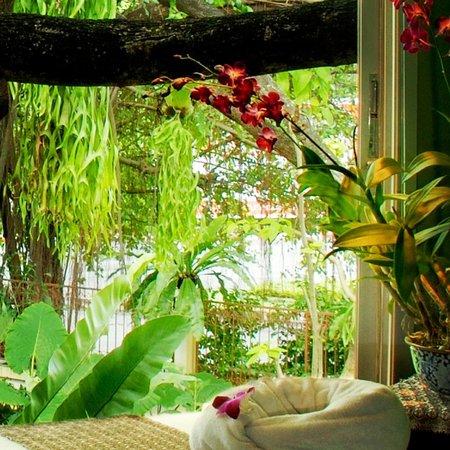 The Raintree Spa : Massage room