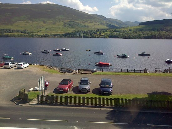 Clachan Cottage Hotel: Lochearnhead room view.