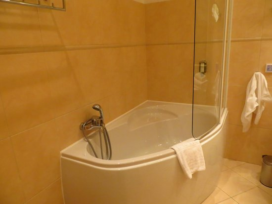 Unitas Hotel: Bathroom