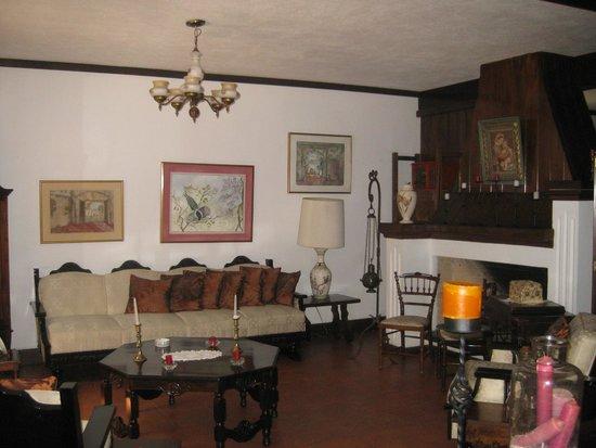 Hotel Casa Ovalle: Inside Area