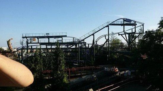 Linnanmaki Amusement Park: Vonkaputous