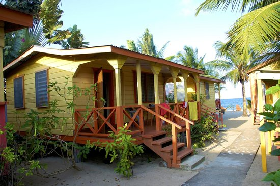 Julia's Rooms and Guesthouse: Cabana