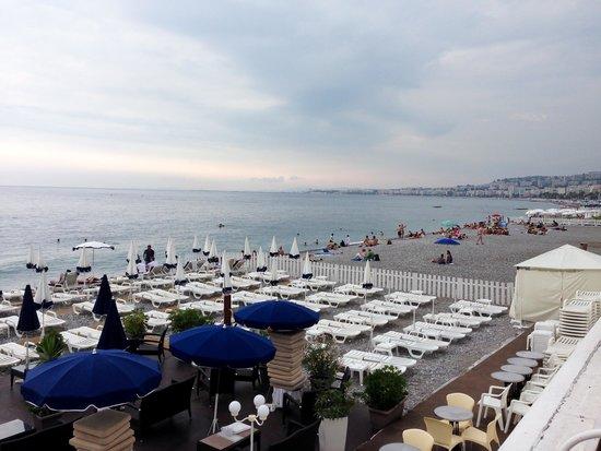 Hotel Regence: The beach is just a few blocks away