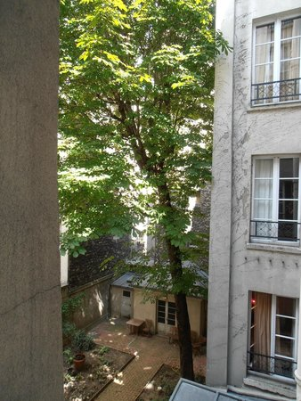 Hotel Rocroy: View from the room