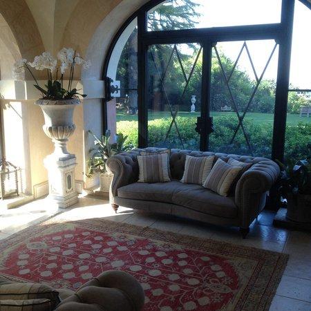 Villa Lattanzi: Холл