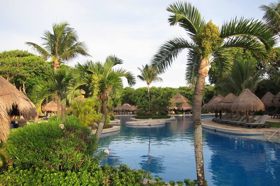 Iberostar Tucan Hotel: Hotel pool