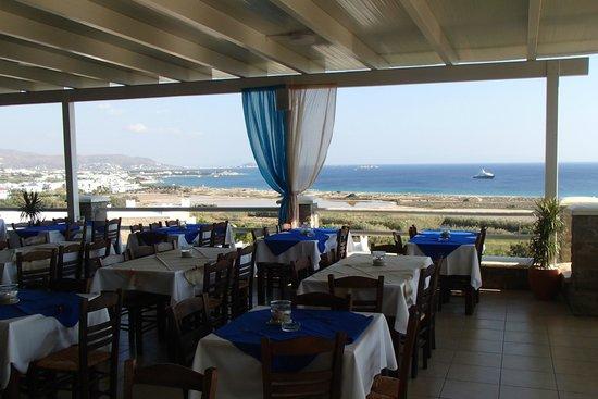 Hotel Kavuras Village: Terrazzo ristorante