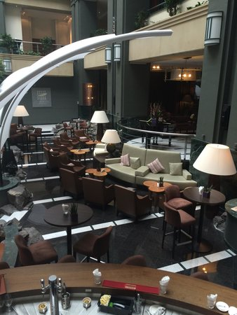 Radisson Blu Royal Hotel, Brussels : The Hotel Dining Area (not Seafish Michelin Restaurant)