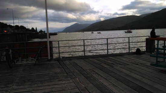 Crannog Seafood Restaurant: Wonderful view from our table