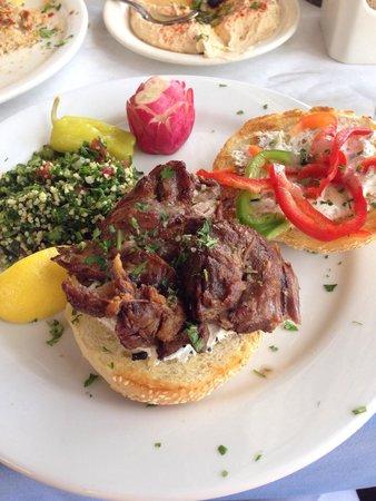 Taverna Tony: Lamb sandwich