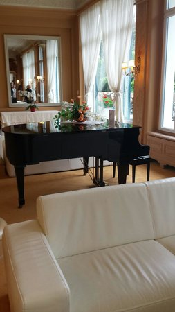 "Eden Palace au Lac: The ""do not touch"" piano in the lobby"