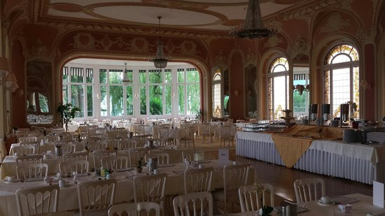 Eden Palace au Lac: The breakfast hall