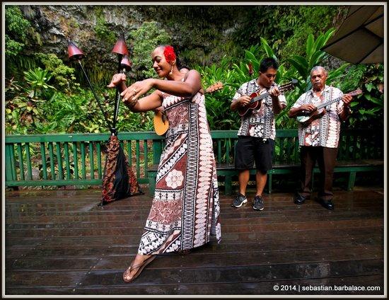 Fern Grotto: Wedding Song & Dance
