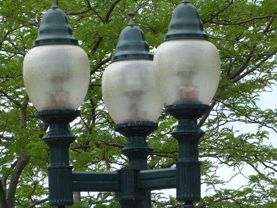 Historic Gaslight District: gaslights