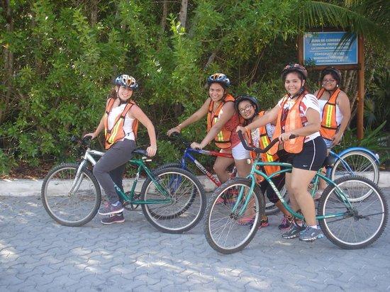 Ocean Coral & Turquesa : Tour en bici