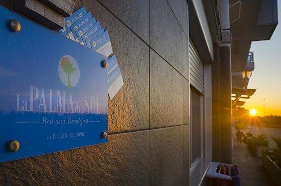 B&B La Palma Del Sol: front door